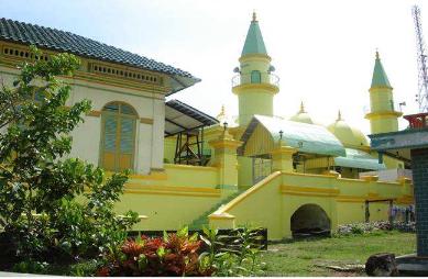 Masjid Raya Sultan Riau Kota Tanjungpinang Kepulauan