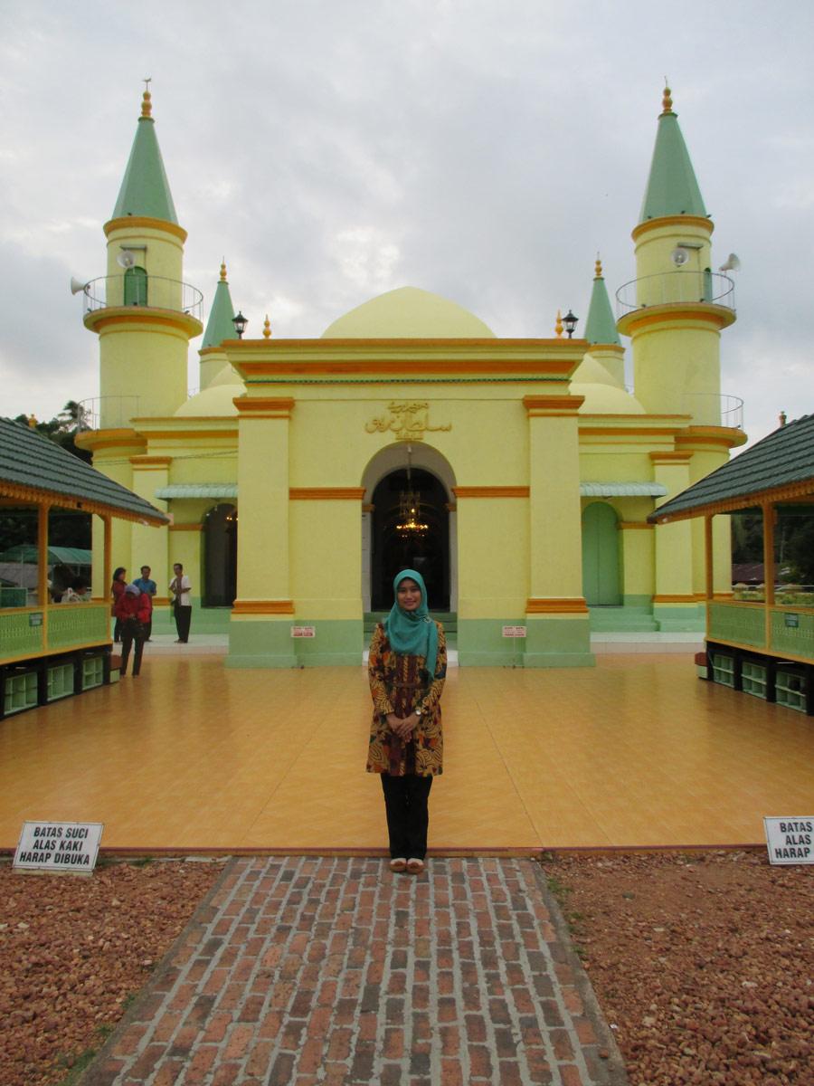 Masjid Raya Sultan Riau Pulau Penyengat Home Sweet Kota Tanjungpinang