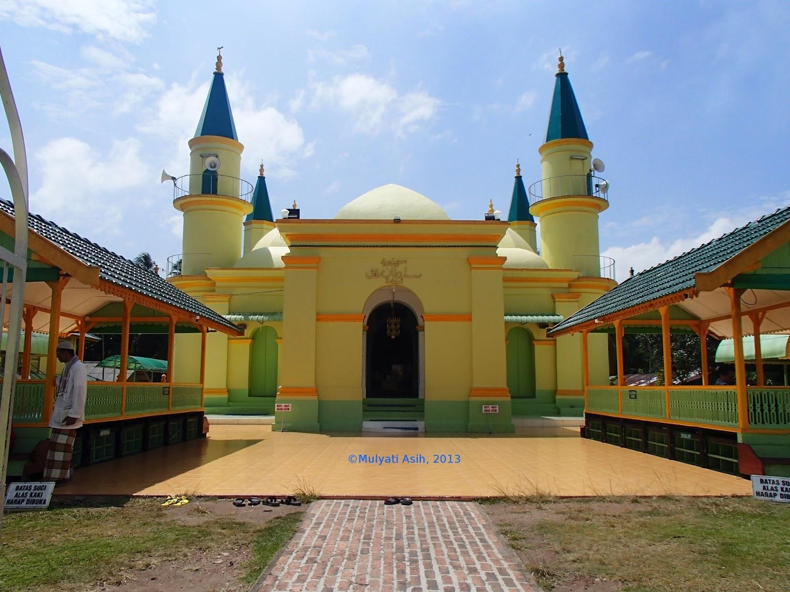 Menyusuri Jejak Sejarah Kebudayaan Melayu Pulau Penyengat Puas Melihat Lihat