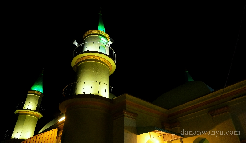 Penginapan Sultan Semalam Pulau Penyengat Dananwahyu Suara Adzan Kumandangankan Menara
