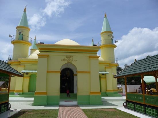Rindu Masjid Sultan Riau Pulau Penyengat Foto Referensi Jelajah Bersejarah
