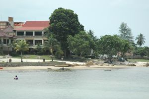 Bintan Wikitravel Local Beach Resorts Trikora Taman Batu 10 Kota