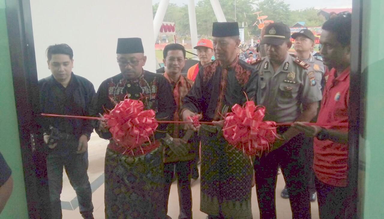 Lis Syahrul Resmikan Taman Batu 10 Tanjungpinang Wartakepri Kota