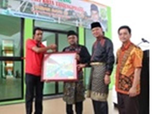 Water Sanitation City Walikota Tanjungpinang Resmikan Taman Batu 10 Bintan