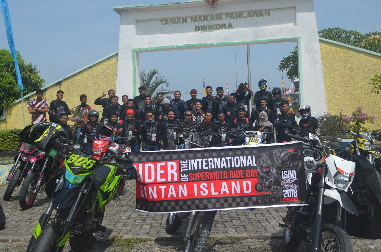 Ratusan Bikers Supermoto Tanjungpinang Bintan Meriahkan Isrd 2018 Taman Gurindam