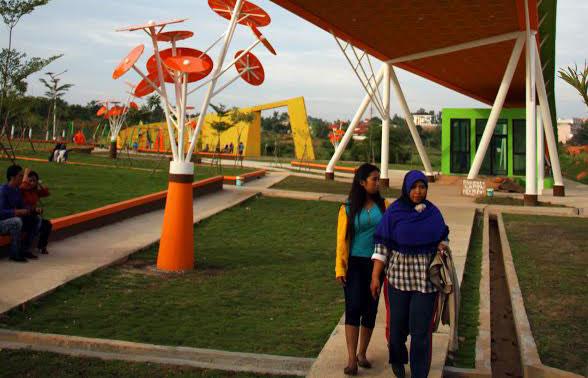 Taman Batu 10 Hadiah Masyarakat Tanjungpinang Timur Batampos Fatih Gurindam