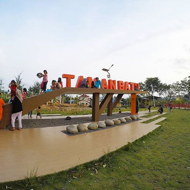 Tanjung Pinang Negeri Pantun Kota Gurindam Taman Batu Tanjungpinang Siap