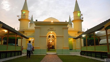 Travelplusindonesia Gedung Gonggong Nge Hits Tanjungpinang Selama Traveler Bisa Menginap