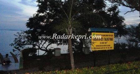 Dipimpin Pak Wai Tanjungpinang Makin Kumuh Gelap Lampu Taman Tugu