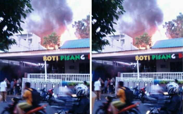 Jalan Sempit Penghambat Mobil Pemadam Tugu Pensil Terbakar Kota Tanjungpinang