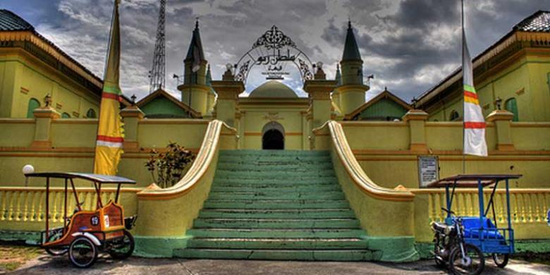 Melalui Jazz Bintan Promosikan Pariwisata Kompas Masjid Raya Sultan Riau