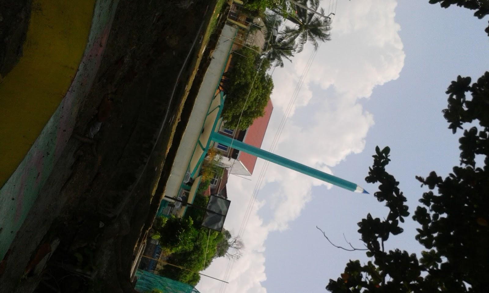 Mylife Taman Tugu Pensil Tanjungpinang Aaaah Gambar Nggak Tegak Yaa