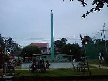 Tugu Pensil Simbol Bebas Buta Aksara Kepulauan Riau Kota Tanjungpinang