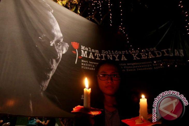 Ratusan Warga Purwokerto Nyalakan Lilin Nkri Antara News Ilustrasi Simpati