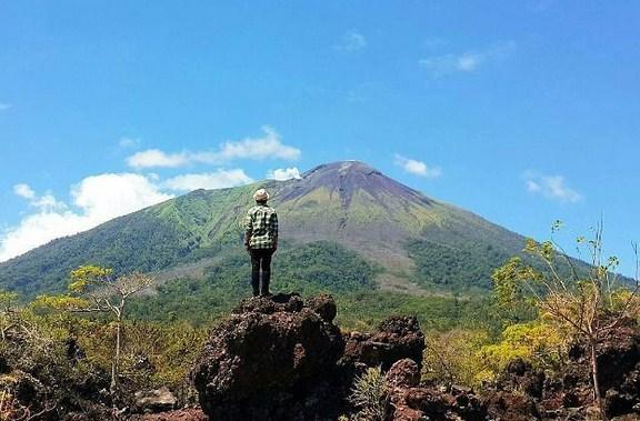 11 Tempat Wisata Ternate Siap Temani Liburmu Batu Angus Rianviolet