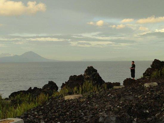 Batu Angus Burnt Rocks Picture Ternate Laut Maluku Latar Belakang