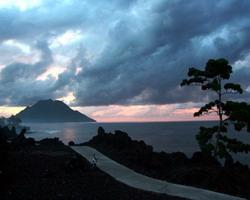 Batu Angus Lava Indah Batas Kota Ternate Okezone News Https