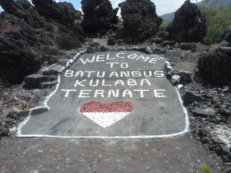 Melihat Batu Hangus Letusan Gunung Gamalama Abad 18 Angus Kota