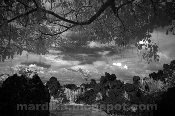 November 2008 Kabardariambon Page 2 Kawasan Wisata Batu Angus Ternate