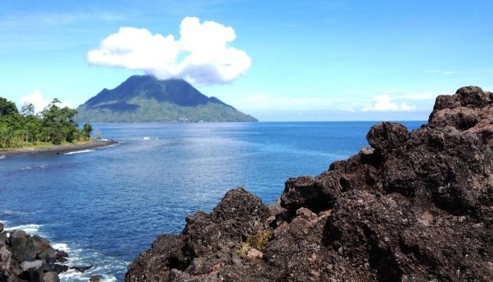 Pariwisata Batu Angus Ternate Maluku Utara Zonaaero Kota