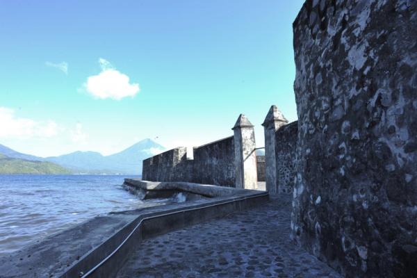 Benteng Kalamata Batik Hotel Kota Ternate