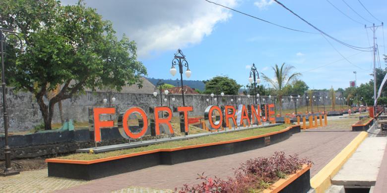 Benteng Oranje Saksi Sejarah Kota Ternate Kompas Kalamata