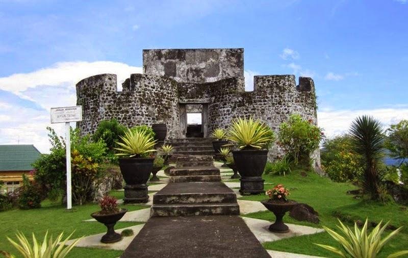 Bebas Berekspresi Benteng Peninggalan Penjajahan Ternate Kalamata Kastela Kota