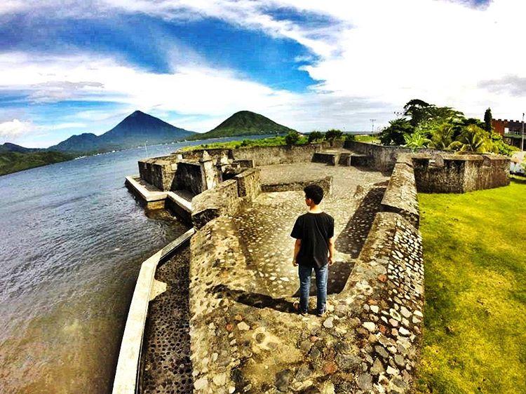 Benteng Kalamata Wisata Sejarah Peninggalan Portugis Ternate Kastela Kota