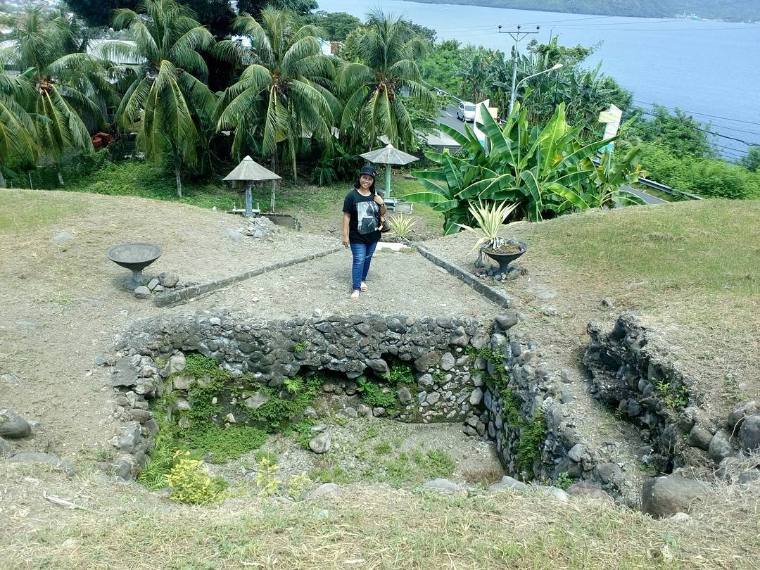 Benteng Kota Janji Wisata Bersejarah Peninggalan Portugis Kastela Ternate