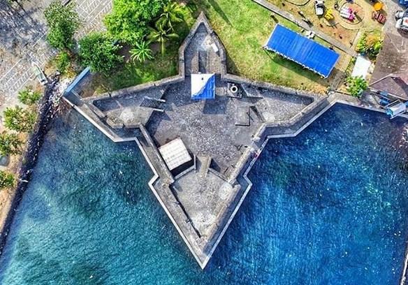 Tempat Wisata Ternate Siap Temani Liburmu Jejak Kuliner Benteng Kalamata