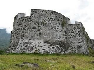 Ternate Makugawane Kota Benteng Perjalanan Tolluco Kastela
