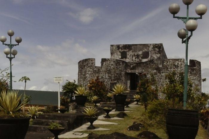 Benteng Ternate Dibangun Demi Cengkih Halaman Berada Sisi Timur Pulau