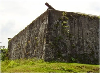 Ujung Aspal Benteng Kota Ternate Santo Pedro Janji
