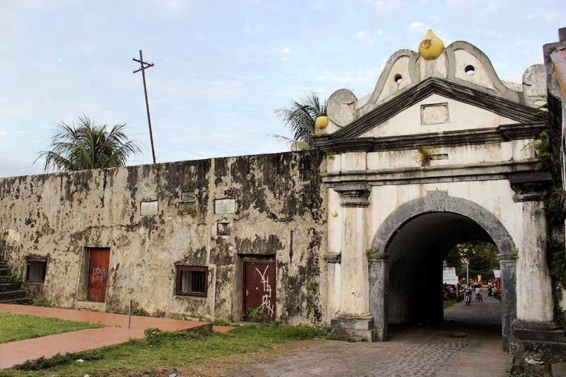 Wisata Sejarah Kota Ternate Sayang Lewatkan Nganatrip Fort Oranje Foto