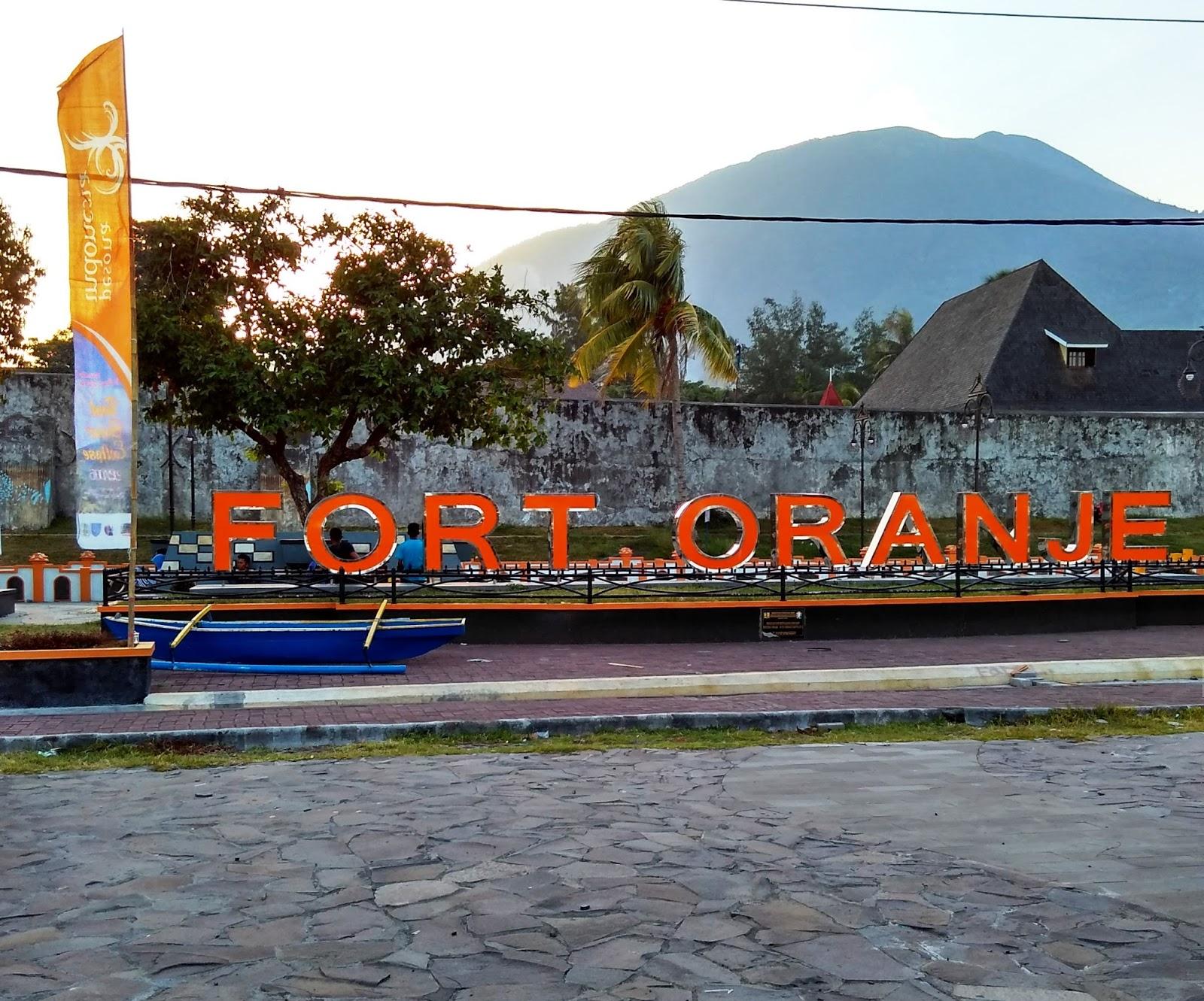 5 Tempat Wajib Dikunjungi Oleh Mahasiswa Universitas Khairun Benteng Oranje