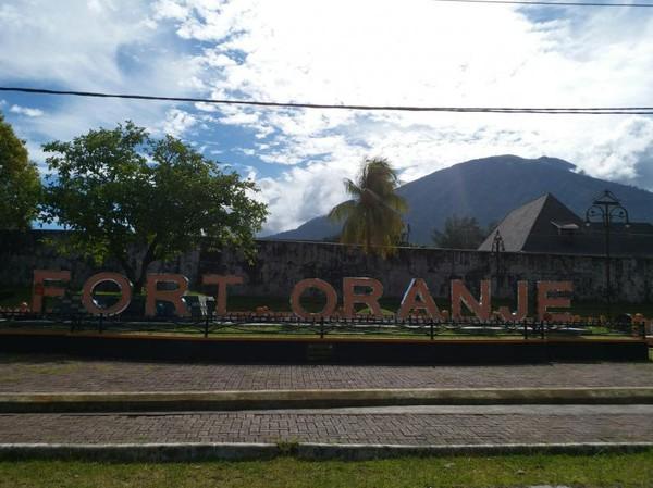 Benteng Cantik Peninggalan Belanda Ternate Oranje Awalnya Bekas Dibangun Oleh