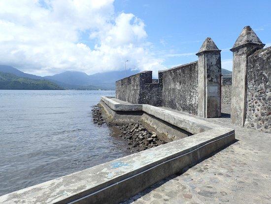 Benteng Kalamata Picture Fort Ternate Tripadvisor Entry Oranje Kota