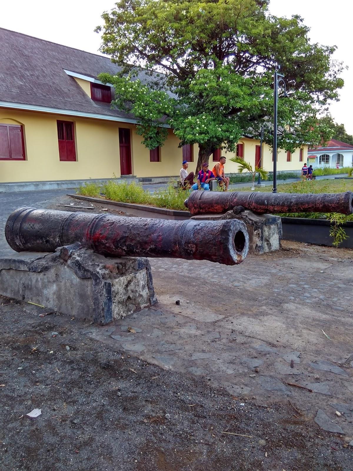 Benteng Oranje Ternate Salah Satu Tempat Wisata Sejarah Fort Kota