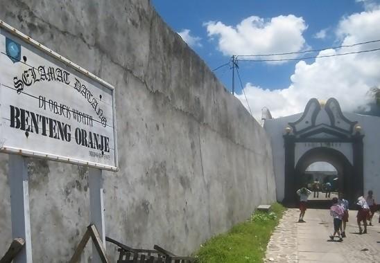 Ternate Menuju Kota Pariwisata Dunia Travel Rimanews Dok Benteng Oranje