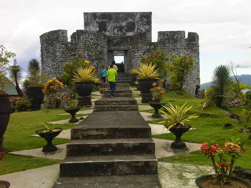 Benteng Tolukko Indonesia Share Visit Experience Kota Ternate