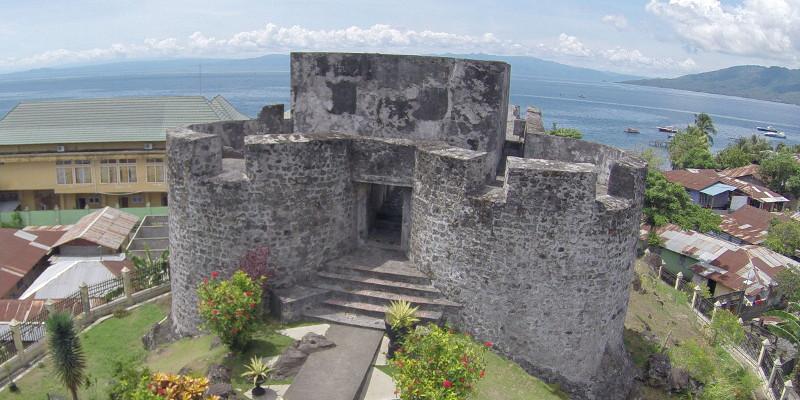 Benteng Tolukko Indonesiakaya Eksplorasi Budaya Zamrud Kisah Sejarah Indah Baliknya
