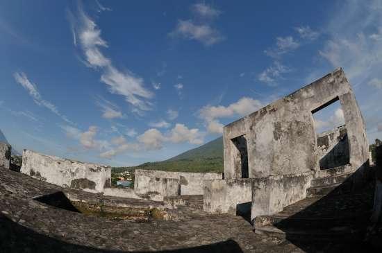 Benteng Tolukko Indonesiakaya Eksplorasi Budaya Zamrud Kota Ternate