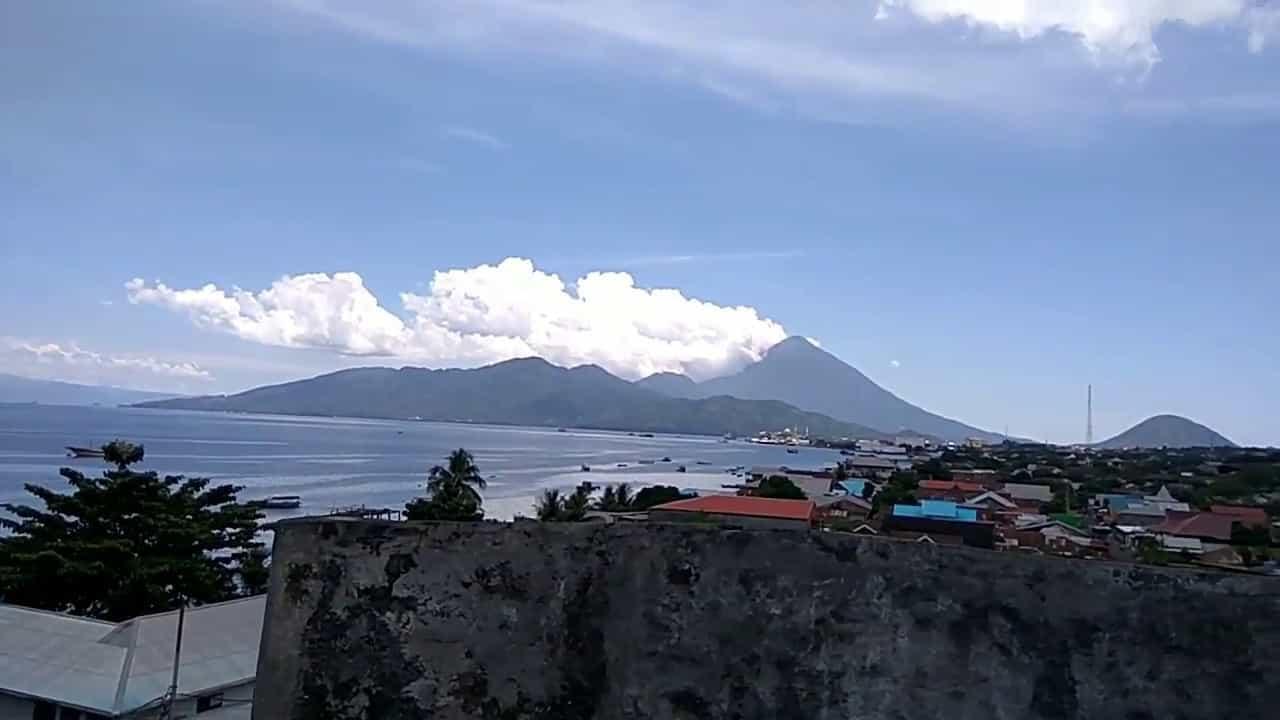 Benteng Tolukko Ternate Sebagai Objek Wisata Sejarah Maluku Uta Pemandangan