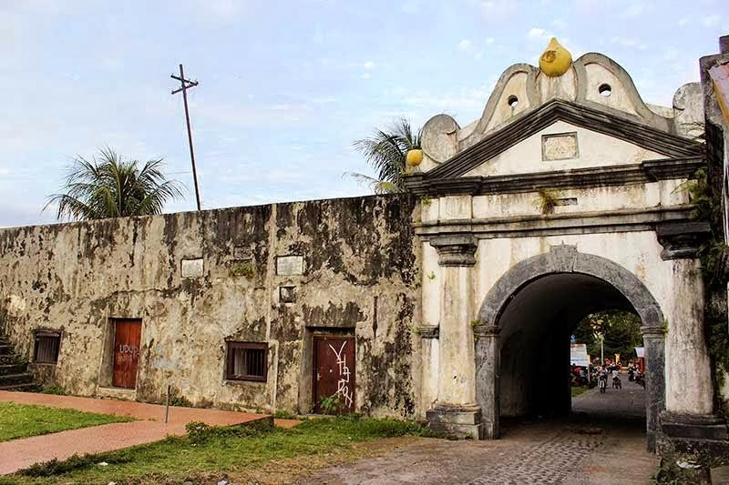 Sejarah Peninggalan Colonial Kota Ternate Tour Travel Maluku Benteng Oranje