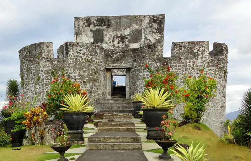 Ternate Island Maluku Islands Indonesia Roamindonesia Benteng Tolukko Kota