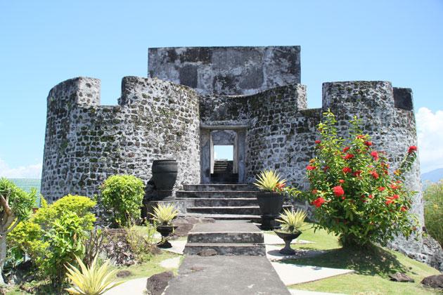 Wisata Sejarah Ternate Benteng Tolukko Kota