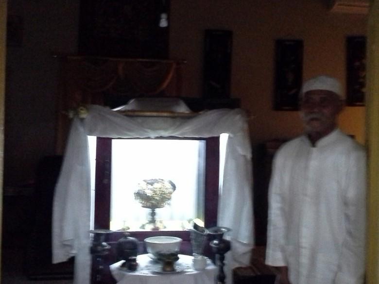 Legenda Mahkota Sultan Ternate Tengah Isu Rebutan Tahta Masjid Kota