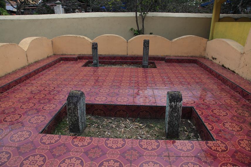 Masjid Kesultanan Ternate Mengiringi Sejarah Peradaban Makam Terletak Halaman Belakang
