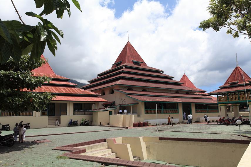 Masjid Kesultanan Ternate Salah Satu Kekayaan Budaya Sultan Kota