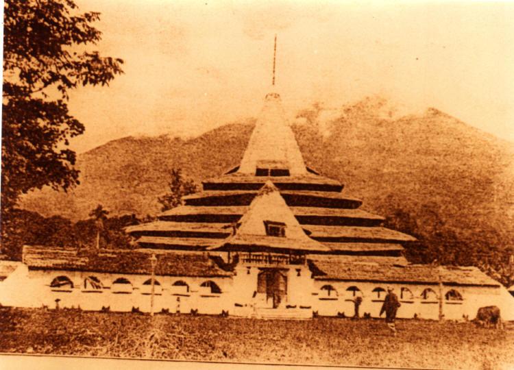 Masjid Sultan Ternate Unik Punya Aturan Tegas Indonesian Heritage Kota